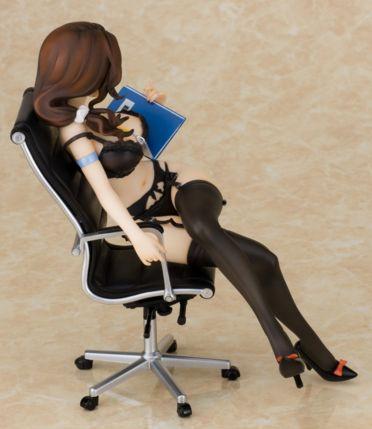 秘書課初美ゆきフィギュア35